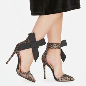 JustFab Giada Black Lace Size 9 NIB